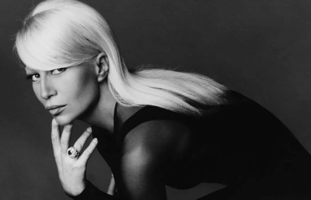 Donatella Versace Jung 1