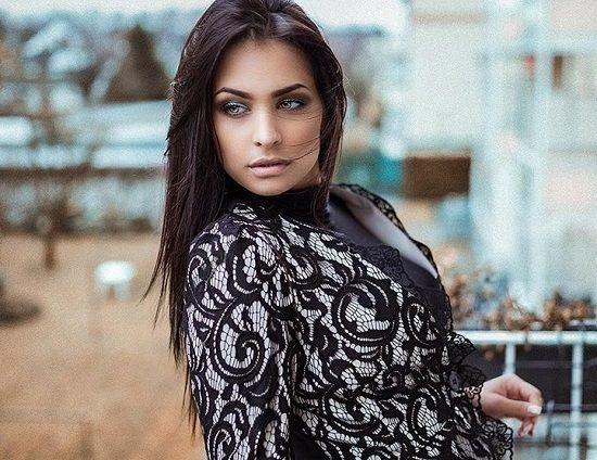 Amira Aly Alter 1